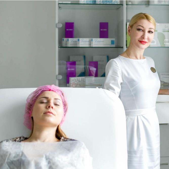 """Почему стоит обратиться к врачам-косметологам в Клуб красоты """"Версаль"""""""